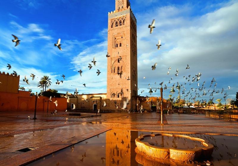 mezquita-kutubia-el-cielo-protector-bertolucci-cultura-elhype