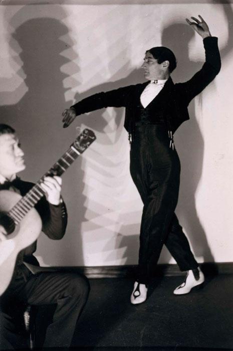 Vicente Escudero fotografiado por Man Ray