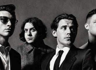 En el mullido diván de los Arctic Monkeys