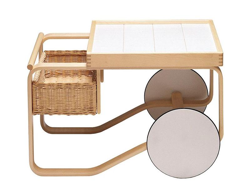 Carro de té diseñado por Alvar Aalto.
