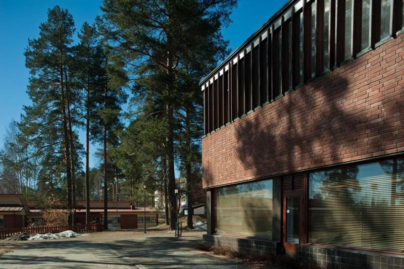 Ayuntamiento Säynaätsalo, arquitecto Alvar Aalto. © Flickr user León.