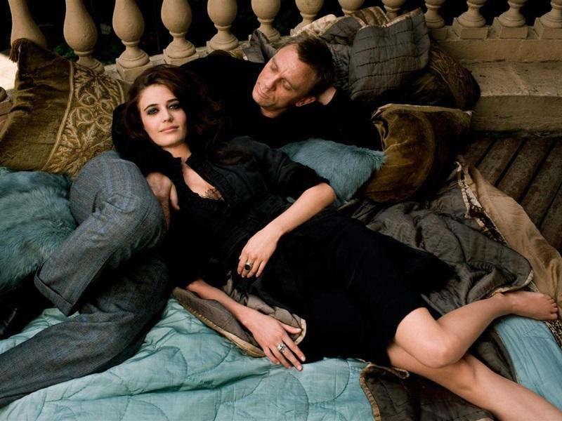Casino Royale (Martin Campbell, 2006).