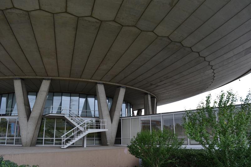 El Evoluon, Eindhoven. Arquitectos Louis Kalff y Leo de Bever. © Fotografías SJLL.
