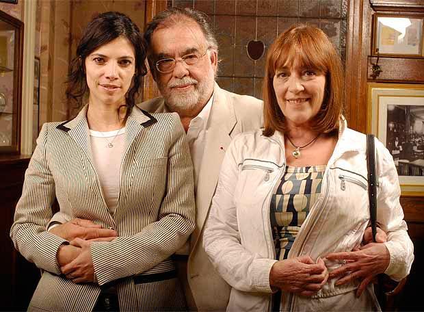 Francis F. Coppola, Maribel Verdú y Carmen Maura en el rodaje de Tetro.