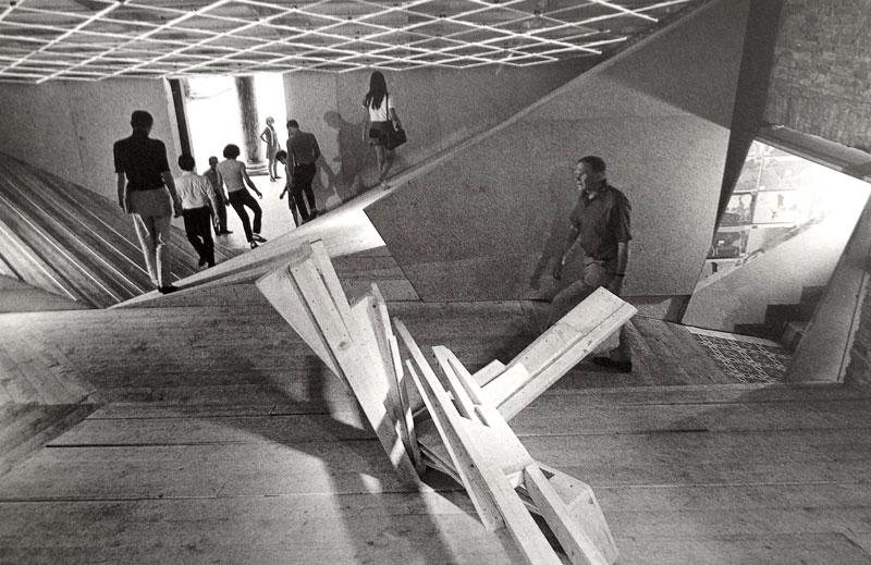 Pabellón francés en la Bienal de Venecia : Claude Parent : 1970