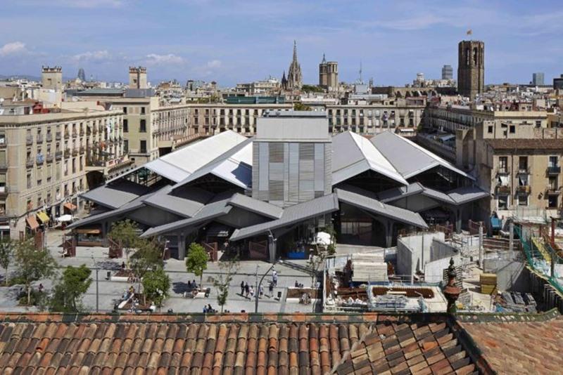 Mercado de la Boqueria en Barcelona. Estudio Carme Pinós. ©Fotografía El Zinc