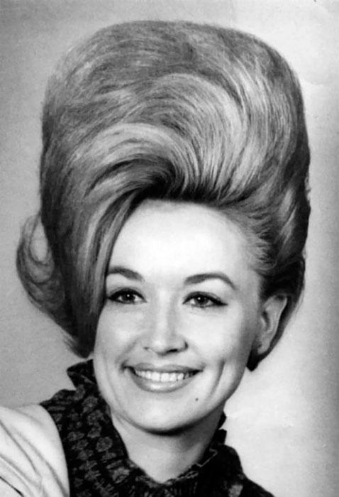"""La """"ola"""", uno de los peinados beehive con más éxito en los sesenta."""