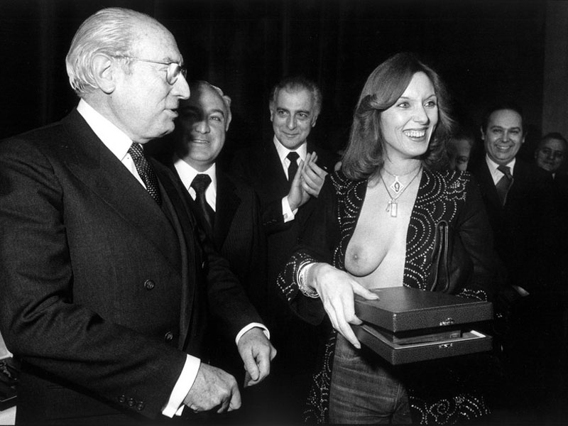Tierno Galván y Susana Estrada. © Marisa Flórez