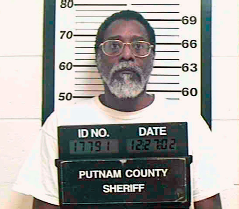 Dr. York en diciembre de 2002. Foto: Putnam County Sheriff's office.