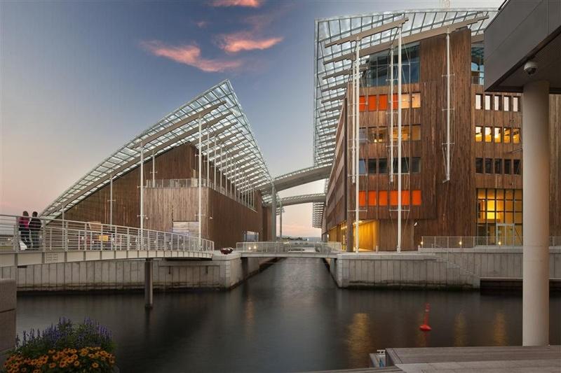 Museo Astrup Fearnley, arquitecto Renzo Piano. © Fotografía Nic Lehoux.