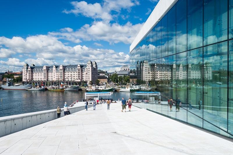 Ópera Oslo, estudio arquitectura Snøhetta. © Fotografía Karlerik Vasslag.