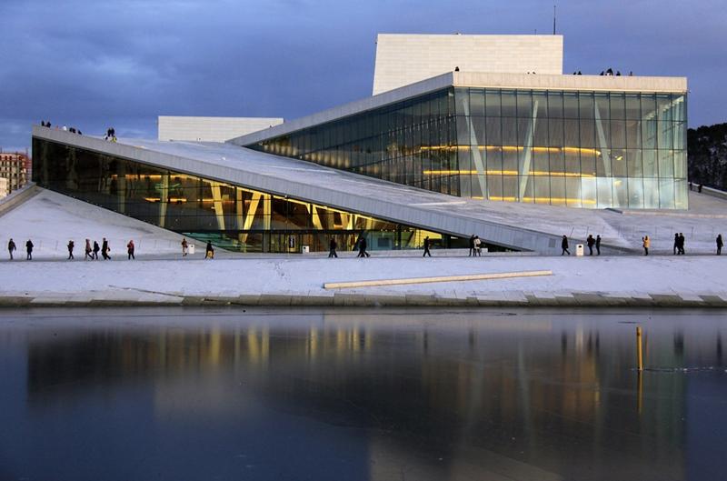 Ópera Oslo, estudio arquitectura Snøhetta. © Fotografía flickr: dese.
