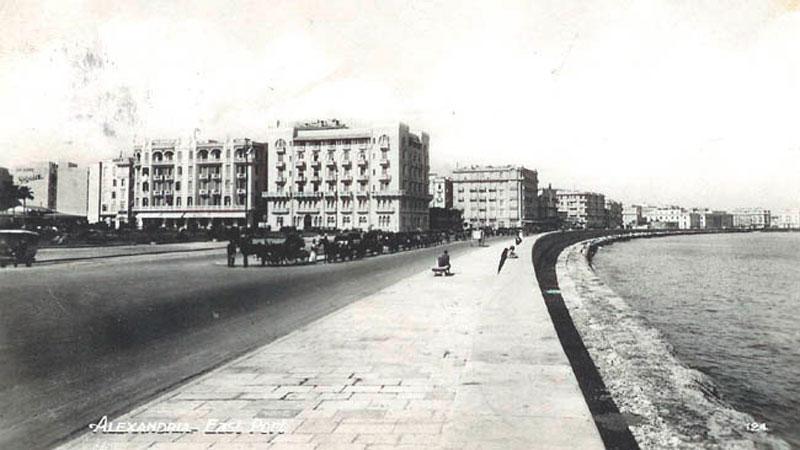 Corniche, paseo marítimo de Alejandría en la primera mitad del siglo XX.. Durrell