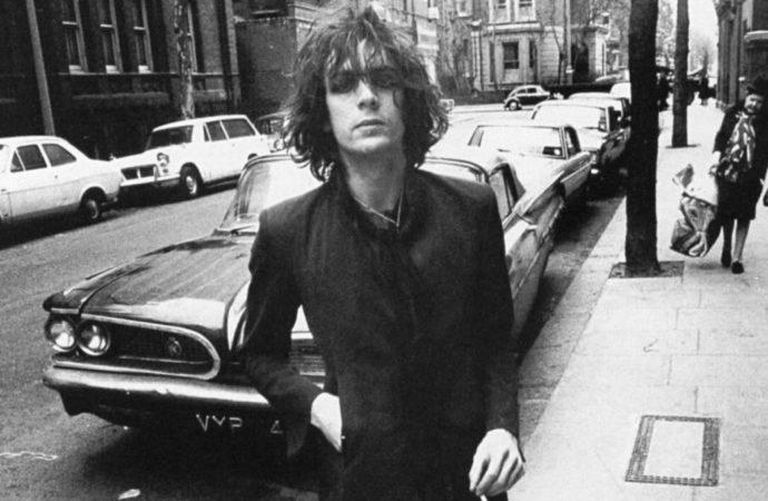 Syd Barrett returns home