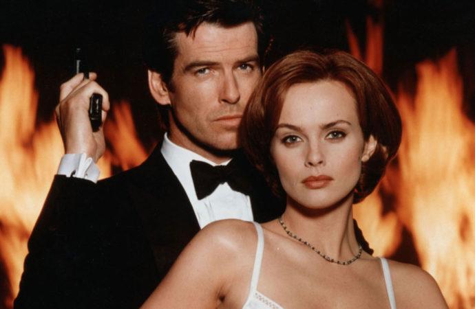 Me llamo Bond, chica Bond